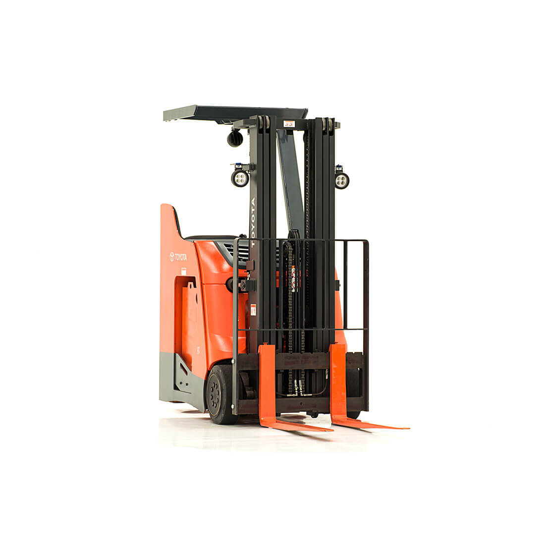 Stand-Up Rider Forklift front view 1
